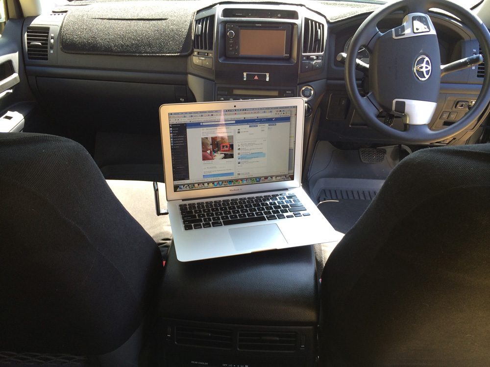 laptop-car