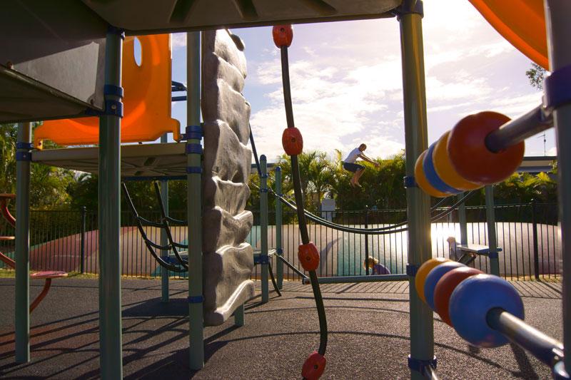 ballina-lakeside-holiday-park-kids-playground