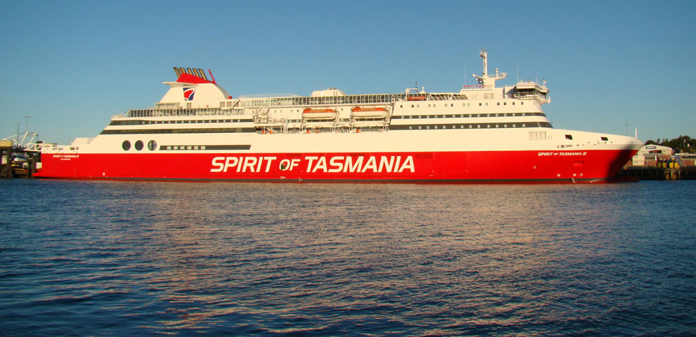 taking-caravan-spirit-of-tasmania